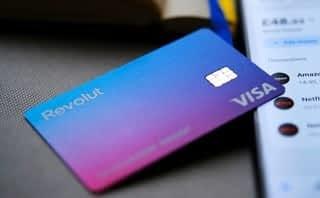 Revolut raises USD 800m Series E at USD 33bn valuation
